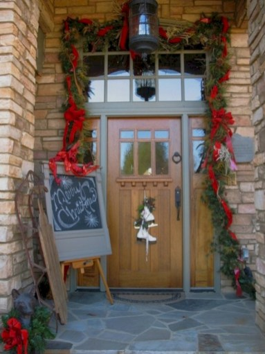 Traditional christmas decoration ideas you will totally love 15