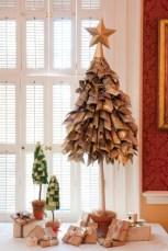 Unique christmas tree decoration ideas for your alternatives 21
