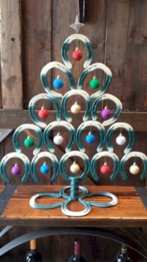 Unique christmas tree decoration ideas for your alternatives 34