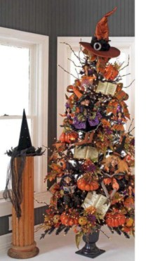 Unusual black christmas tree decoration ideas 25