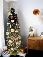 Unusual black christmas tree decoration ideas 31