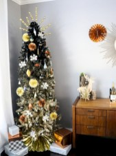 Unusual black christmas tree decoration ideas 31