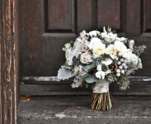Wonderful winter wedding bouquets ideas you will love (4)