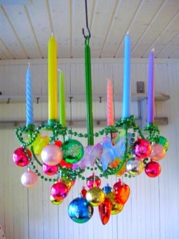 Adorable christmas chandelier decoration ideas 14