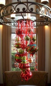 Adorable christmas chandelier decoration ideas 35