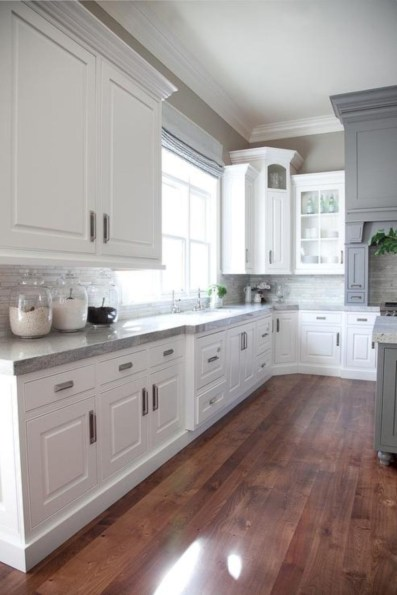 Adorable grey and white kitchens design ideas 18
