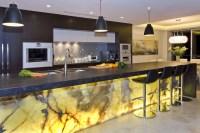 37 Bright and Colorful Kitchen Design Ideas - Round Decor