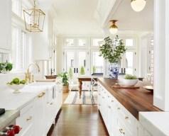 Bright and colorful kitchen design ideas 18