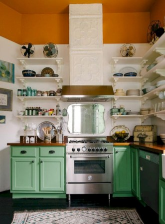 Bright and colorful kitchen design ideas 25