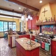 Bright and colorful kitchen design ideas 26