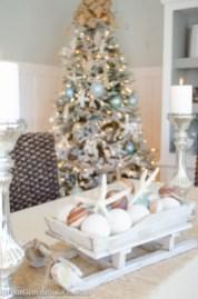 Charming winter centerpieces decoration ideas 03