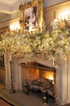 Cool christmas fireplace mantel decoration ideas 08