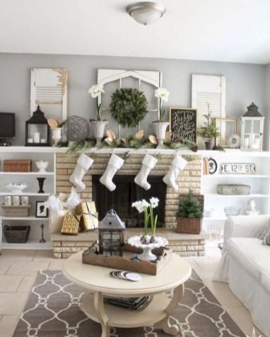 Cool christmas fireplace mantel decoration ideas 15