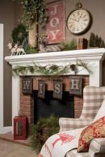 Cool christmas fireplace mantel decoration ideas 20