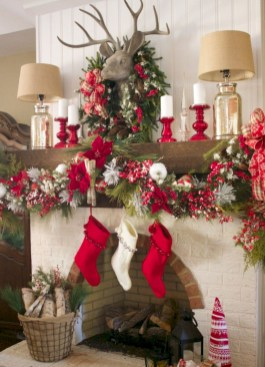 Cool christmas fireplace mantel decoration ideas 33