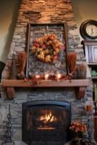 Cool christmas fireplace mantel decoration ideas 37