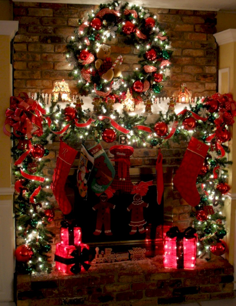 cool christmas fireplace mantel decoration ideas 40
