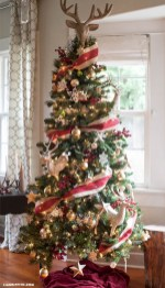 Creative christmas tree toppers ideas you should try 16