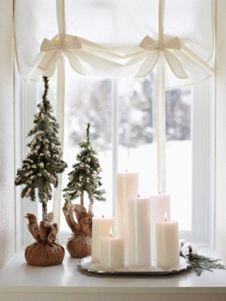 Fabulous christmas decoration ideas using candles 22