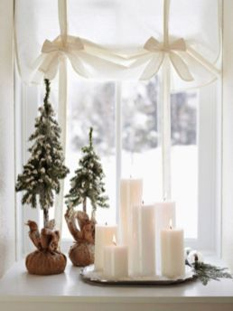 Fabulous christmas decoration ideas using candles 22