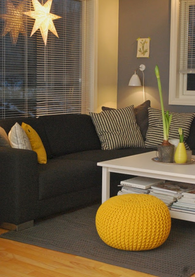 Gorgeous yellow accent living rooms inspiration ideas 45