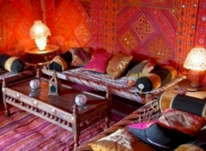 Relaxing moroccan living room decoration ideas 39
