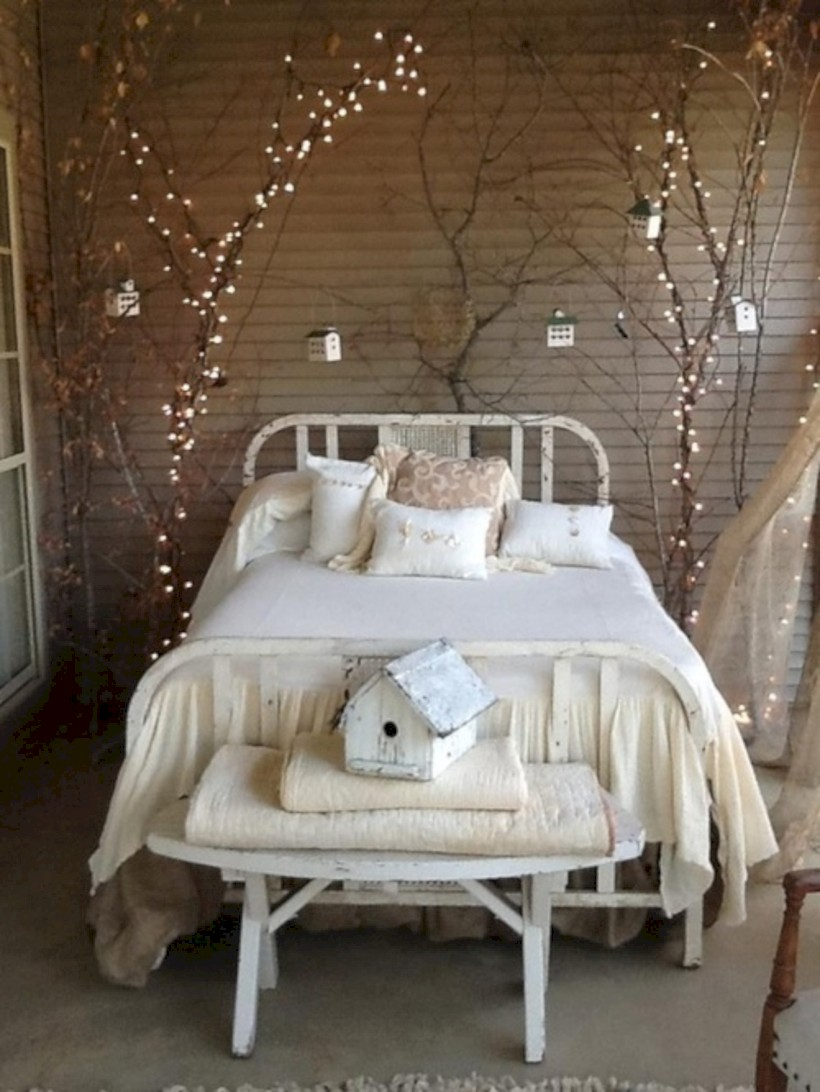 Romantic bedroom lighting ideas you will totally love 06