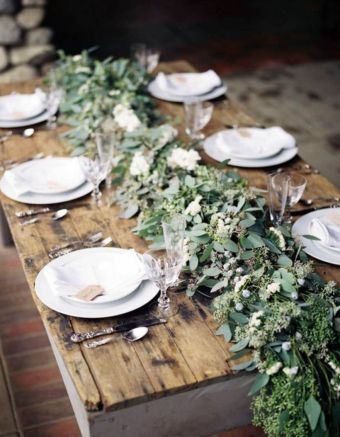 Simple rustic christmas table settings ideas 13