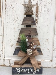 Stylish wood christmas decoration ideas 15