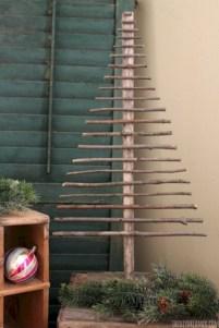 Stylish wood christmas decoration ideas 25