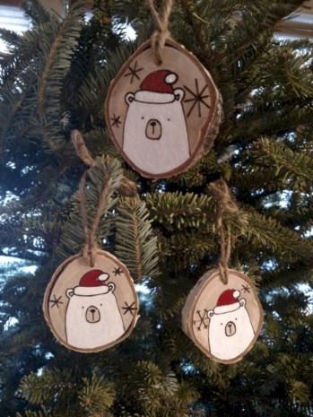 Stylish wood christmas decoration ideas 32