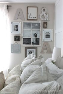 Attractive farmhouse wall decor inspirations ideas (46)