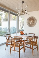 Awesome mid century modern dining room table decor ideas 02