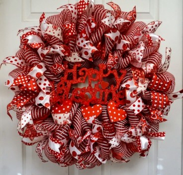 Awesome valentine wreaths ideas for your front door 01