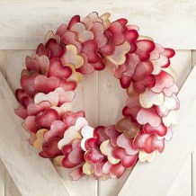 Awesome valentine wreaths ideas for your front door 18