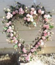 Awesome valentine wreaths ideas for your front door 19