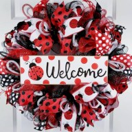 Awesome valentine wreaths ideas for your front door 32