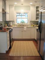 Best small kitchen remodel design ideas 33