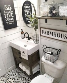 Captivating small farmhouse bathrooms decoration ideas (12)