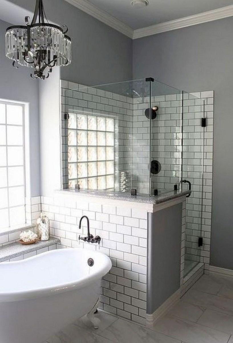 Captivating small farmhouse bathrooms decoration ideas (14)