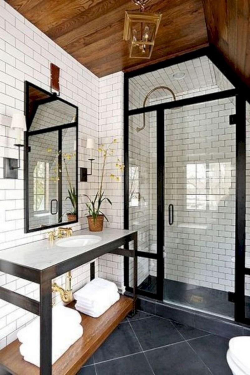 Captivating small farmhouse bathrooms decoration ideas (26)