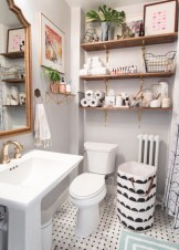 Captivating small farmhouse bathrooms decoration ideas (28)
