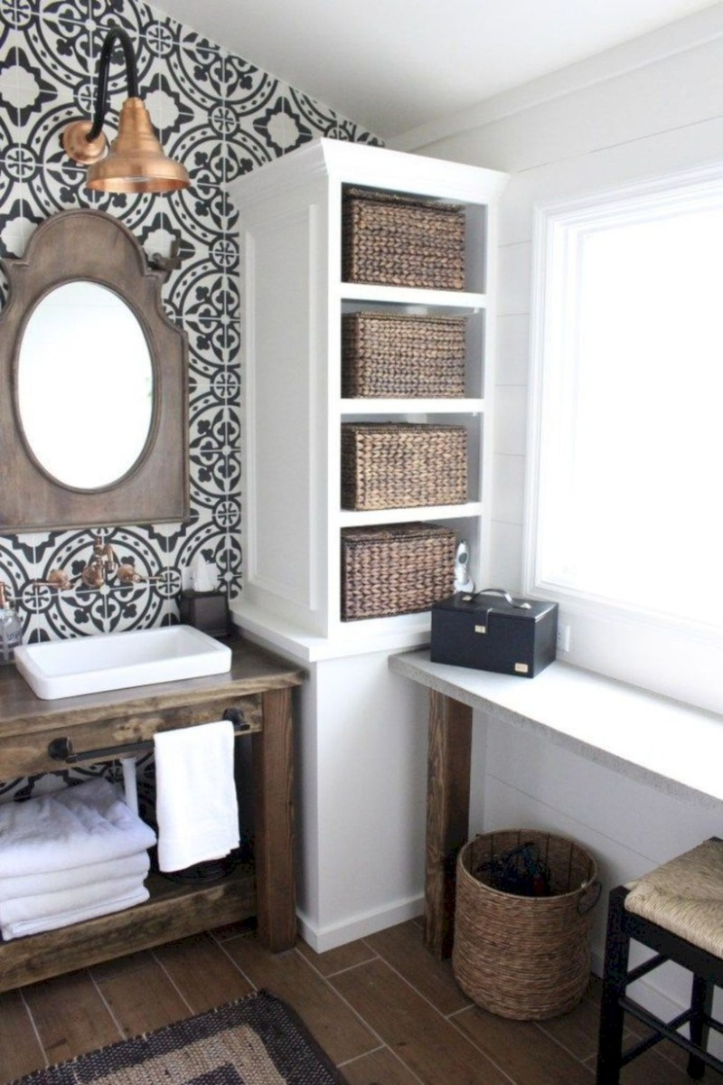 Captivating small farmhouse bathrooms decoration ideas (42)