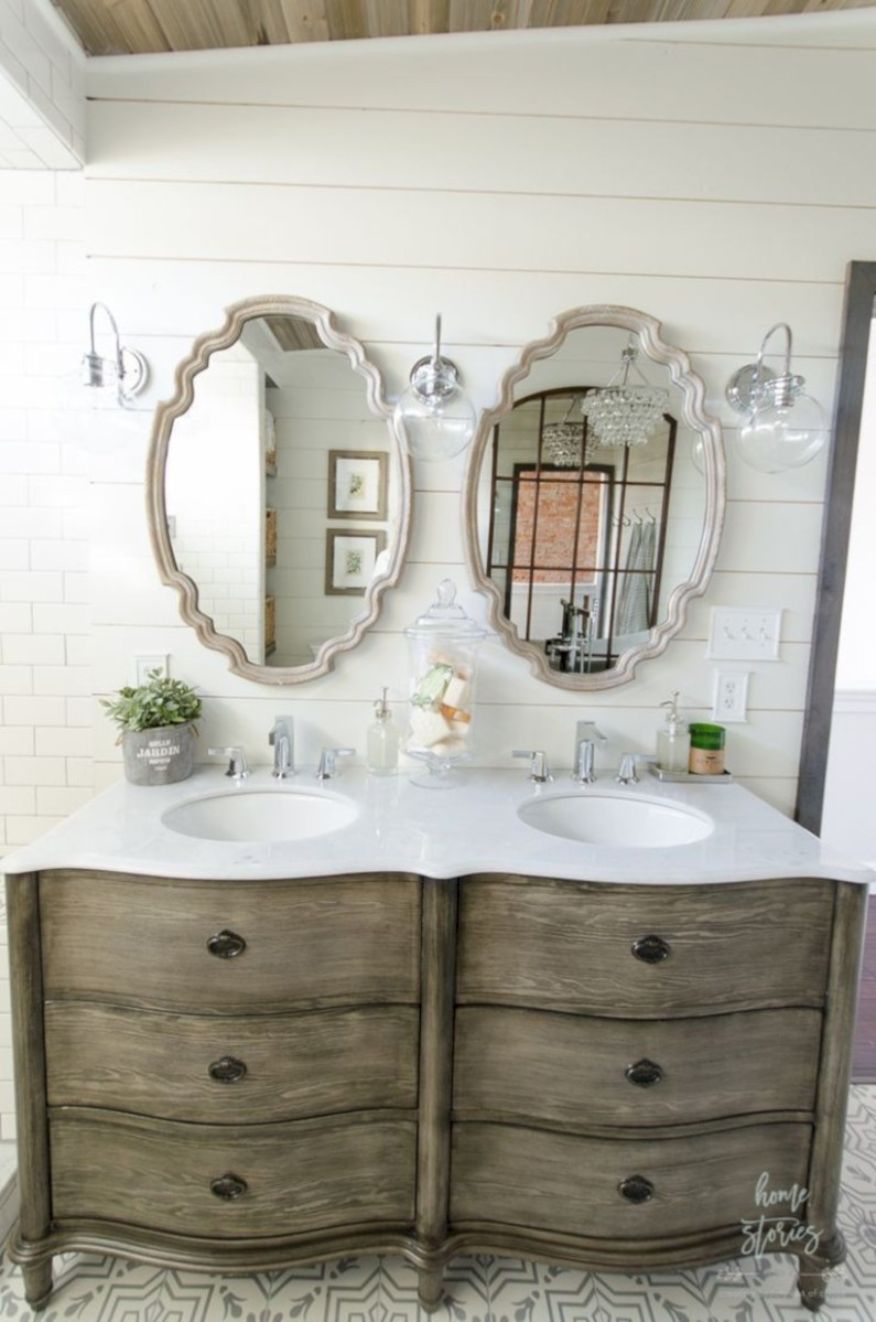Captivating small farmhouse bathrooms decoration ideas (47)