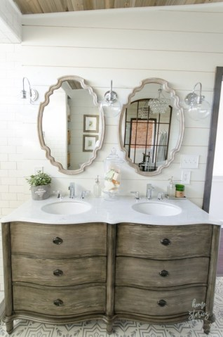 Captivating small farmhouse bathrooms decoration ideas (47)