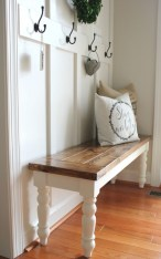 Catchy farmhouse rustic entryway decor ideas 21