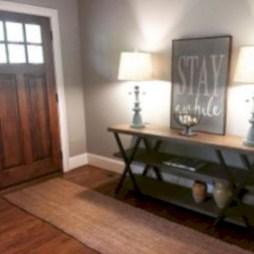 Catchy farmhouse rustic entryway decor ideas 34