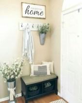 Catchy farmhouse rustic entryway decor ideas 38