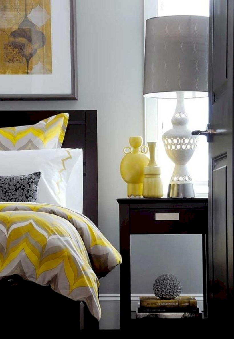 Comfy grey yellow bedrooms decorating ideas (17)
