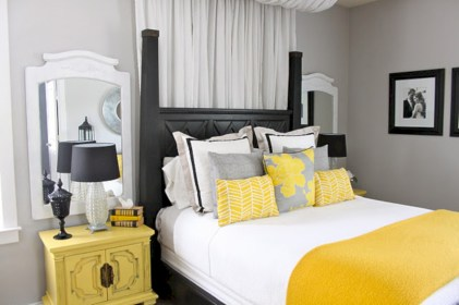 Comfy grey yellow bedrooms decorating ideas (19)